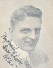 Picture Lamar Johnstone